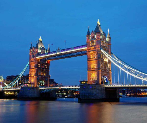 london-landmark-towerbridge-small